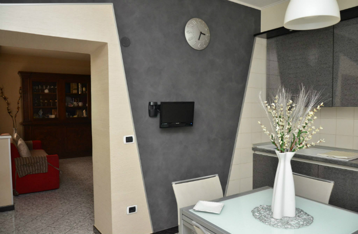 Rivestimento parete cucina by pavimentimicrocmento.it
